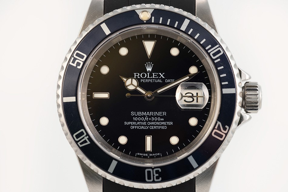 Cyclops lens found on the Rolex Submariner